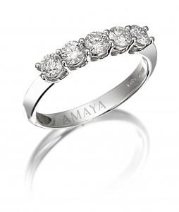 Sortija media alianza en oro blanco con diamantes talla brillante 0,60 cts