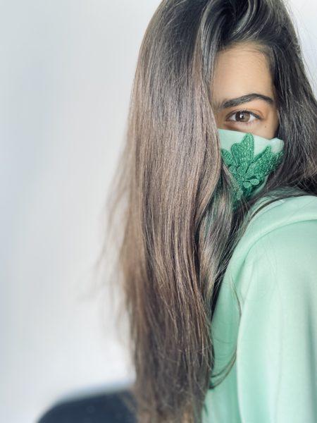 Mascarillas bordadas a mano - Pilar Dalbat